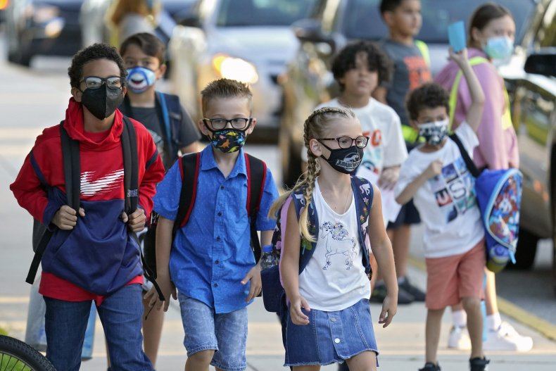Students Wear Masks in Florida