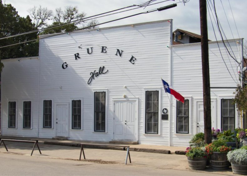 Texas: Gruene Hall