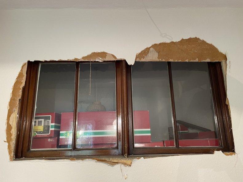 Photo of the hidden windows.