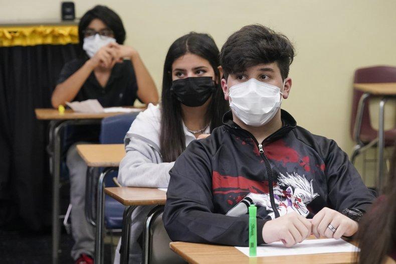 Students Wear Masks in a Florida School