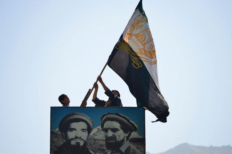 Panjshir, valley, fighters, raise, flag, Afghanistan
