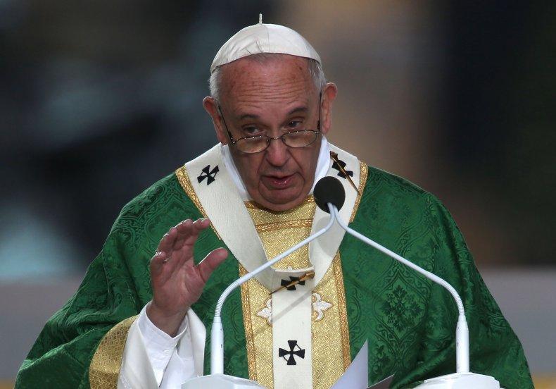 Pope Francis Celebrates Mass On Philadelphia's Benjamin