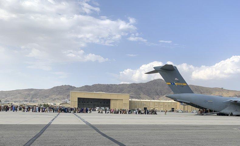 kabul airport isis-k biden leaving evacuate