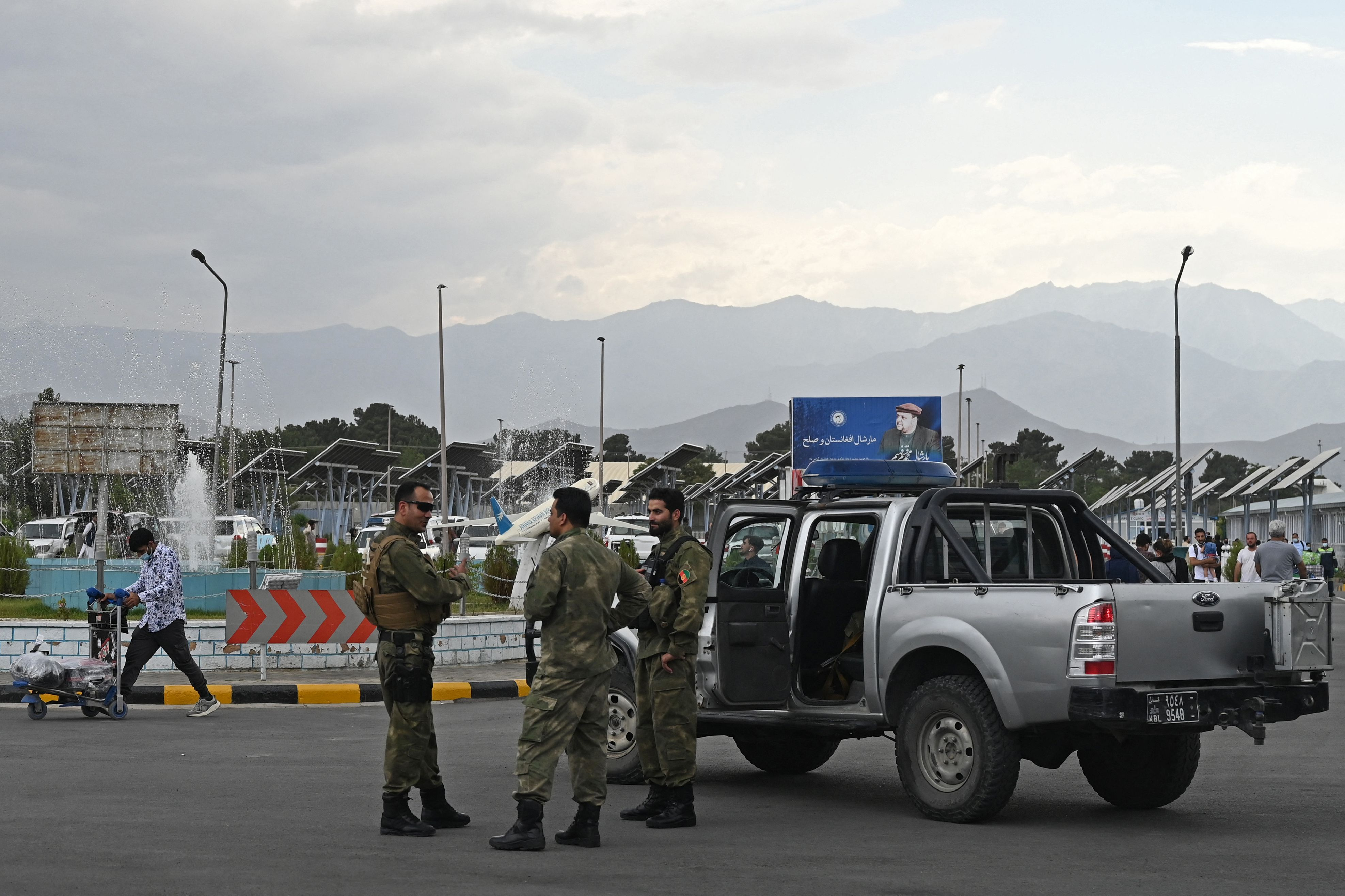 us general kabul vehicle suicide bomber.