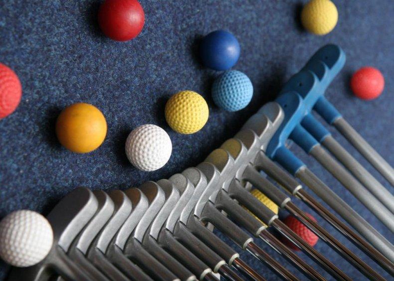 Ohio: Alien Vacation mini-golf Attraction