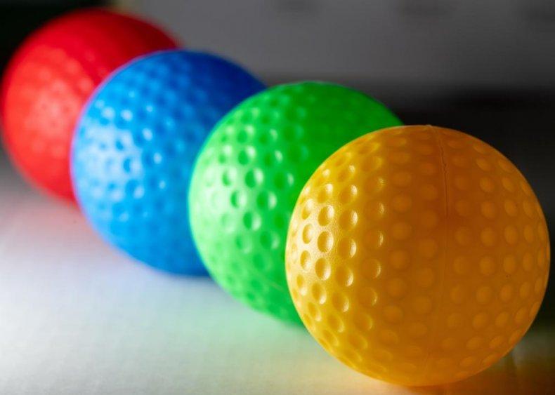 South Dakota: Putz n Glo Black Light Mini Golf