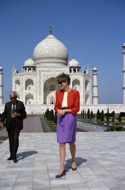 Princess Diana Visits Taj Mahal
