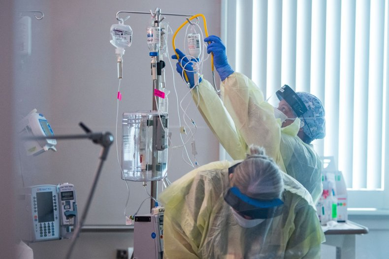 Nurses care for Covid-19 patient in ICU