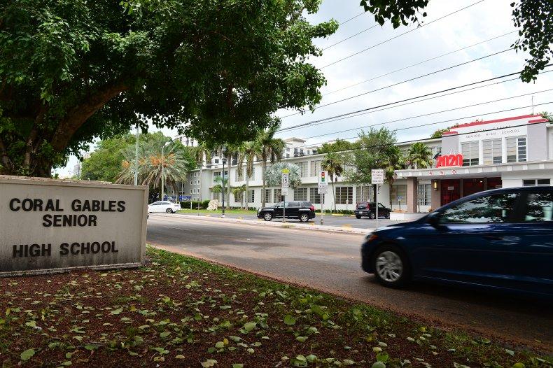 15 Miami-Dade School Staffers Die of COVID