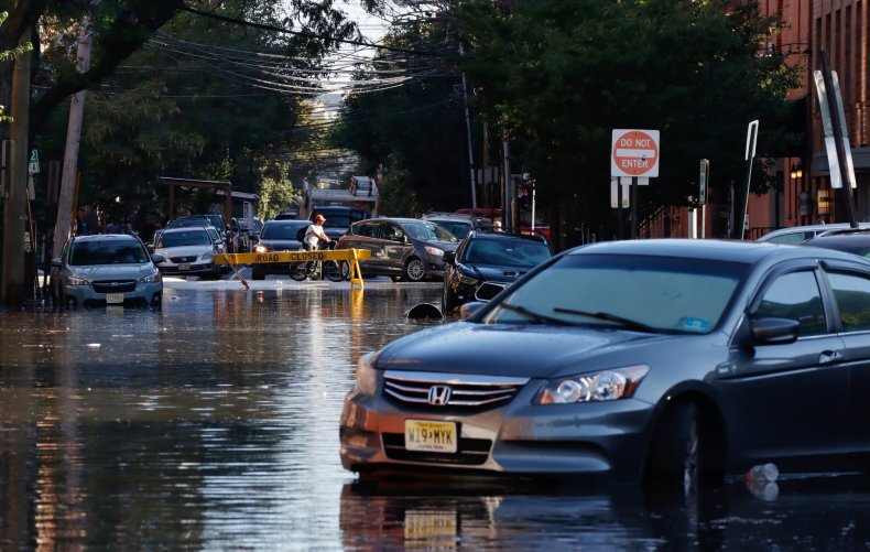 Car in New Jersey floods