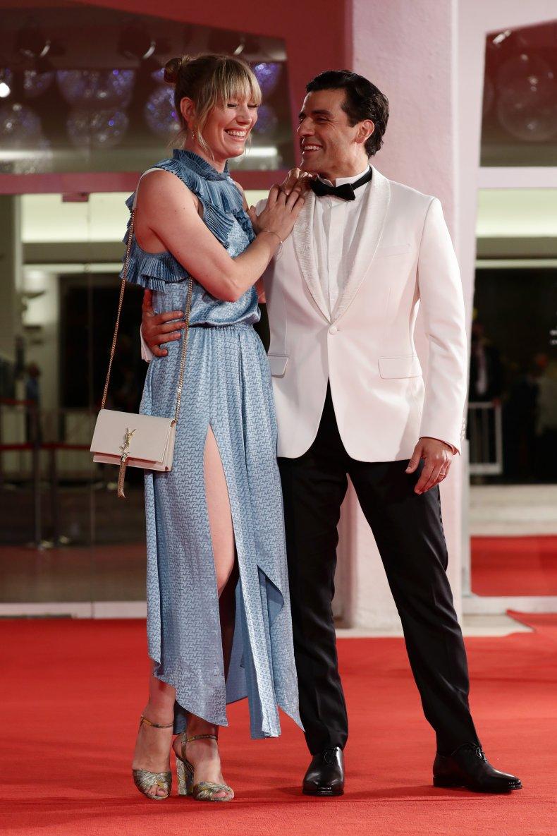 Elvira Lind and Oscar Isaac