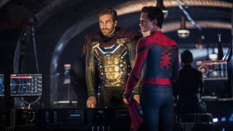 Jake Gyllenhaal, Tom Holland in Spider-Man