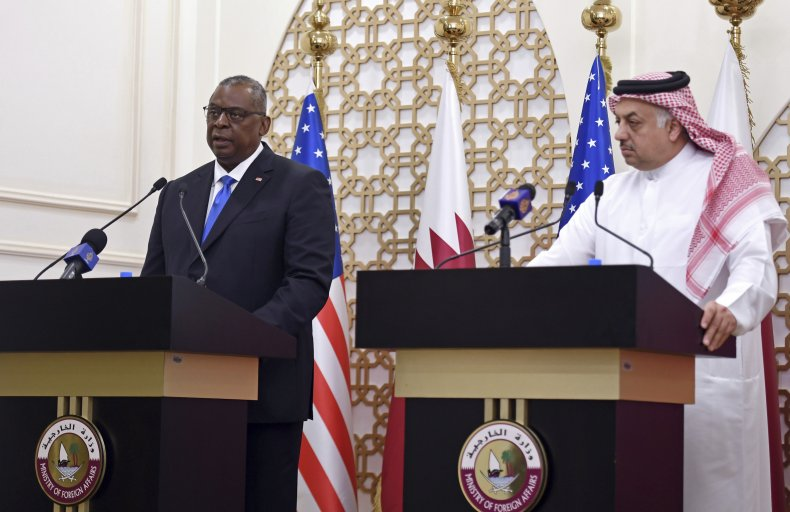 U.S. Defense Secretary and Qatari Defense Minister
