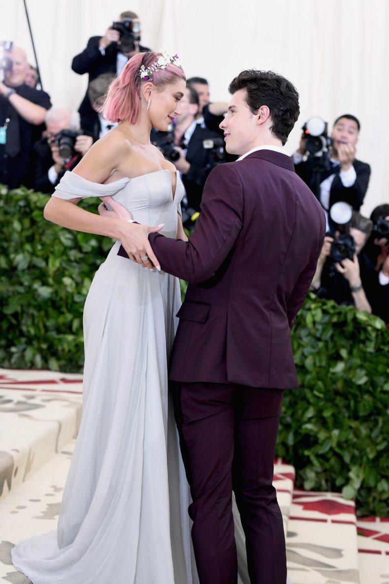 Hailey Baldwin and Shawn Mendes