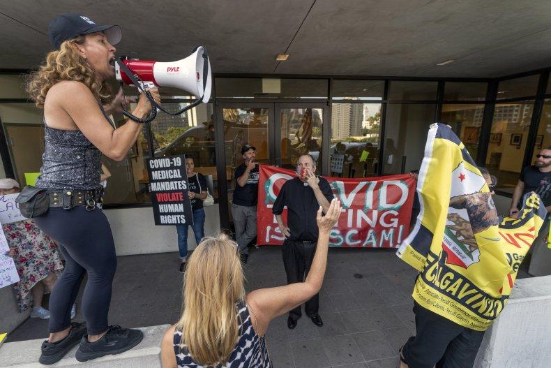 LA Vaccine Mandate Protestors
