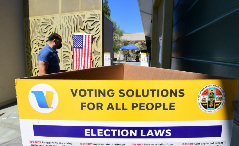 A man casting vote in California recall.