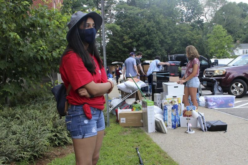 Students Move In At Universities