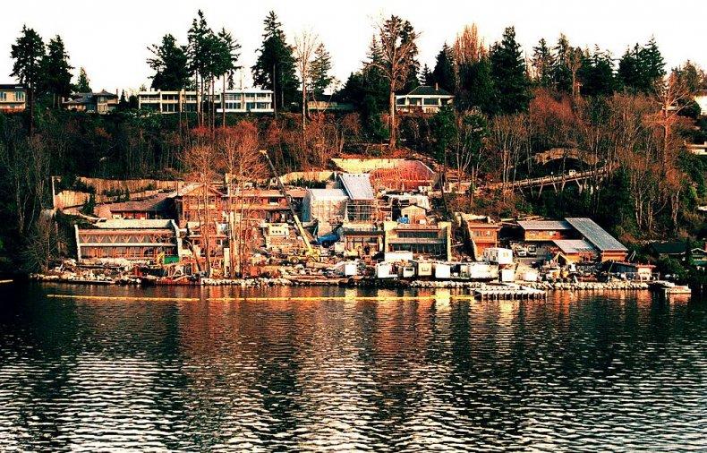 Xanadu 2.0, Lake Washington