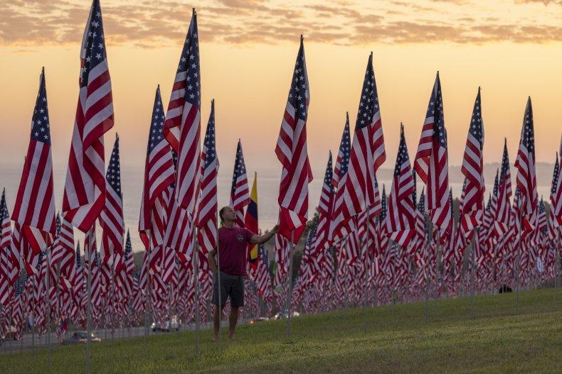 Florida students trash 9/11 flag display