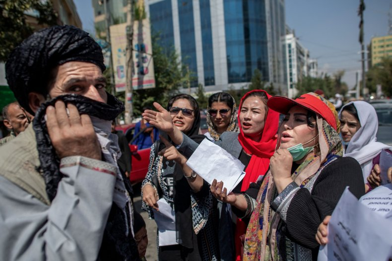 Afghan female city workers banned from work