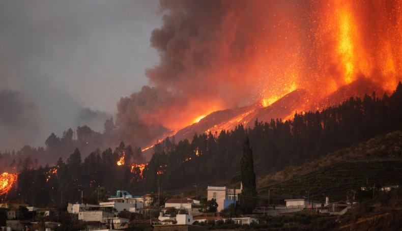 The Cumbre Vieja volcano erupts
