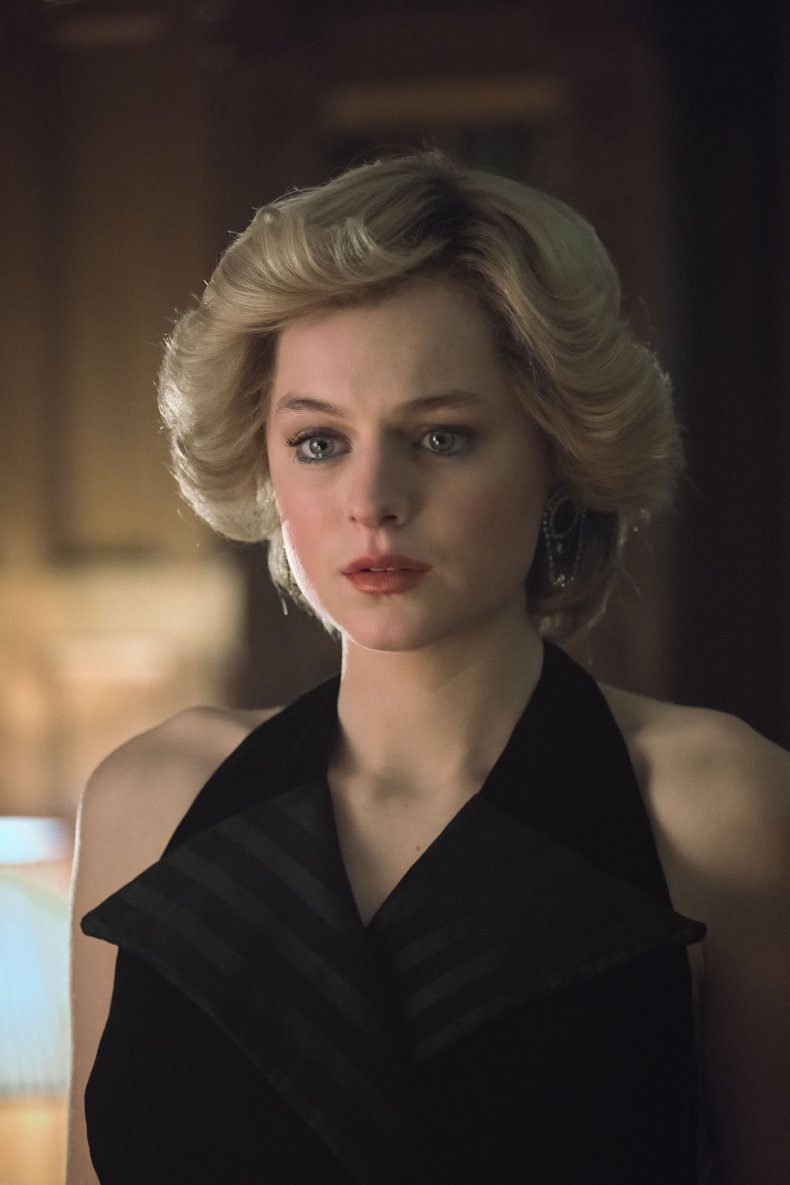 Emma Corrin Plays Diana in The Crown