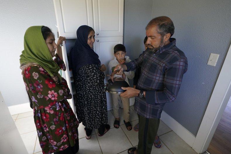 Vietnamese Americans Aid Afghan Refugees