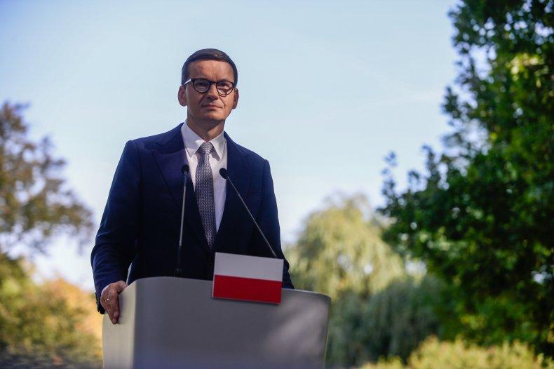 Poland Vows to Defend Border