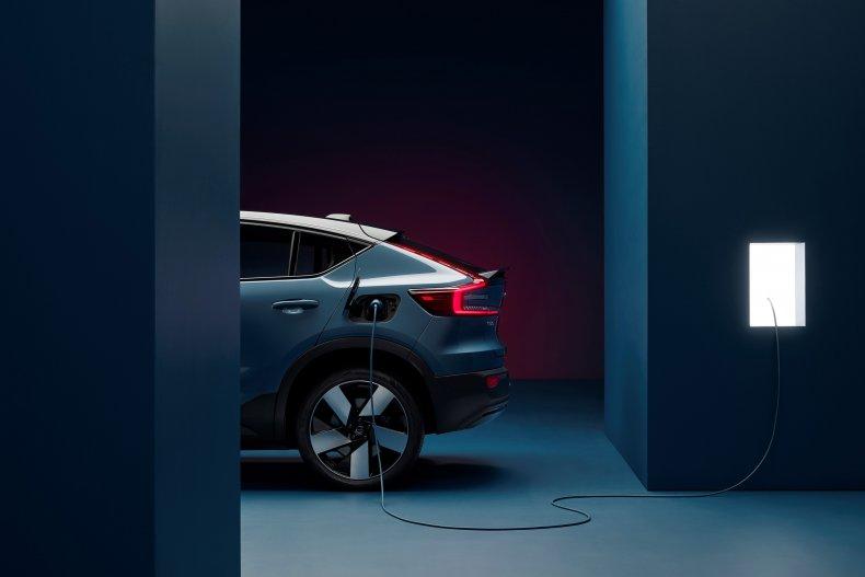 2022 Volvo C40 charging
