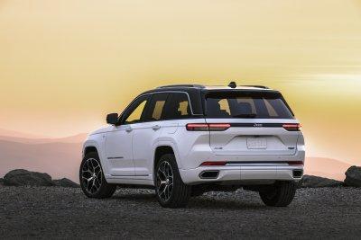 2022 Jeep Grand Cherokee Summit 4xe