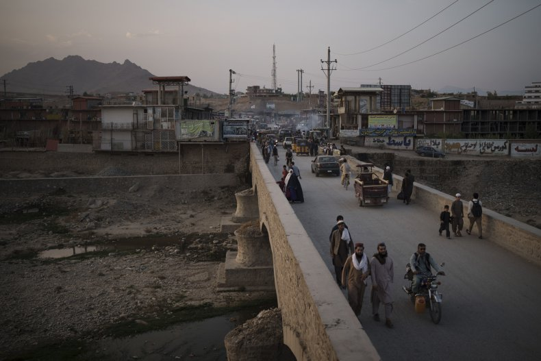 Afghanistan recieves supplies from neighbor, China