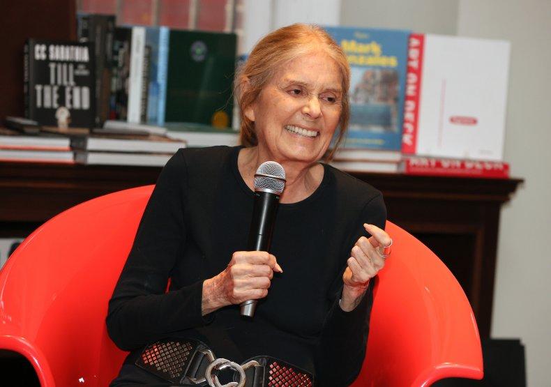 Gloria Stenium.