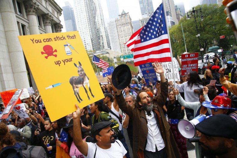 School, employees, protest, vaccine, mandate, NYC