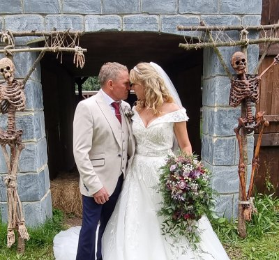 Claire and Darrens wedding day
