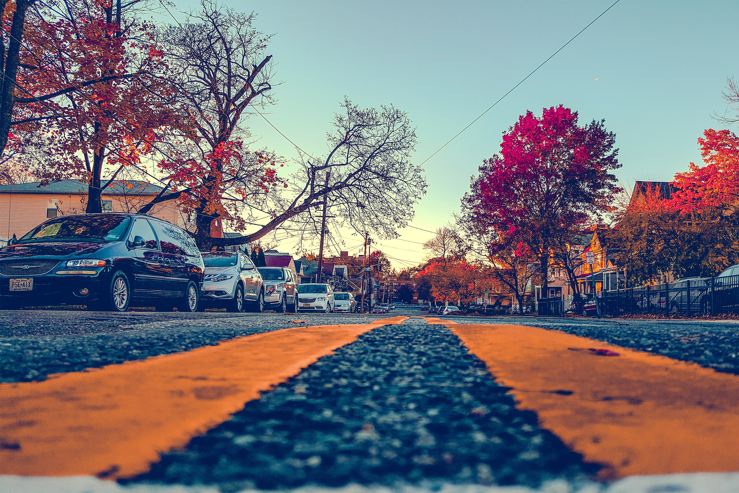 Street parked cars in the fall