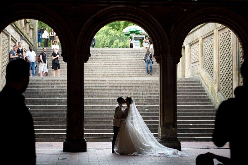 Bride Groom Unvaccinated COVID Death Wedding