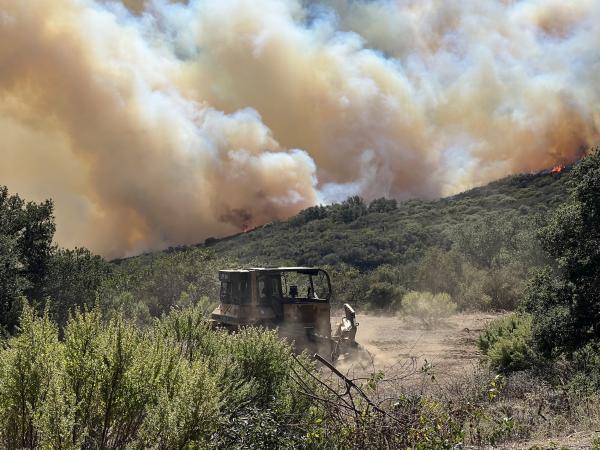 Reagan Ranch evacuated as blaze closes in
