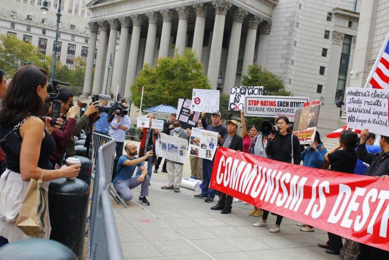 New, York, teachers, protest, vaccine, mandate