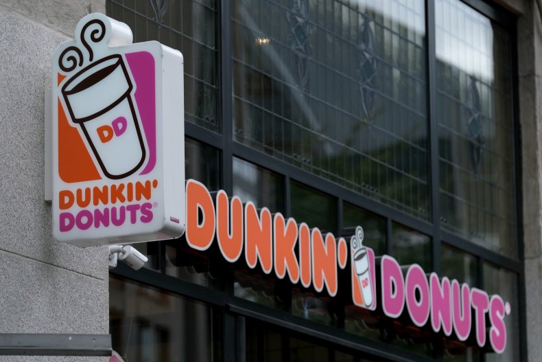 Dunkin Donuts store exterior