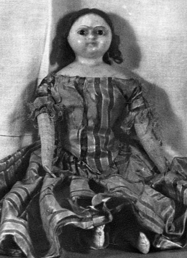 Doll photo from @nationalparkservice.