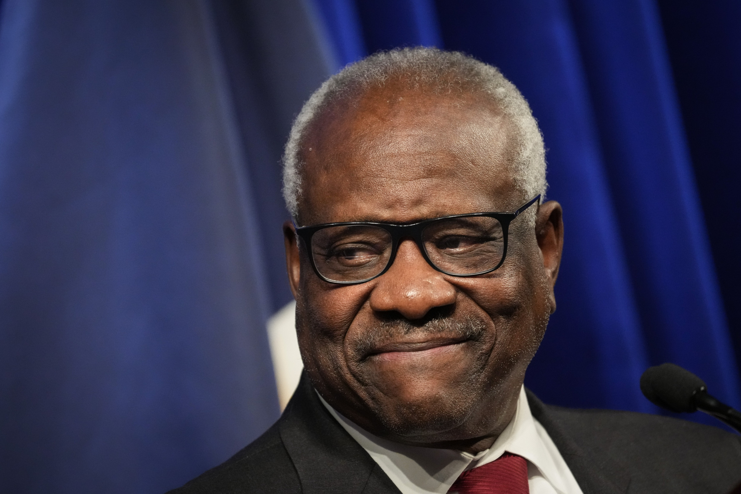 Clarence Thomas Celebrates 30 Years on Supreme Court, Is Now Leading Conservative