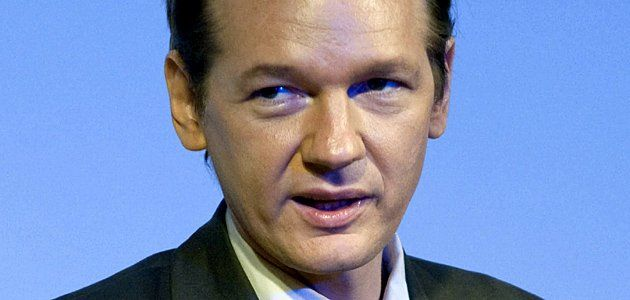 wikileaks-assange-wide