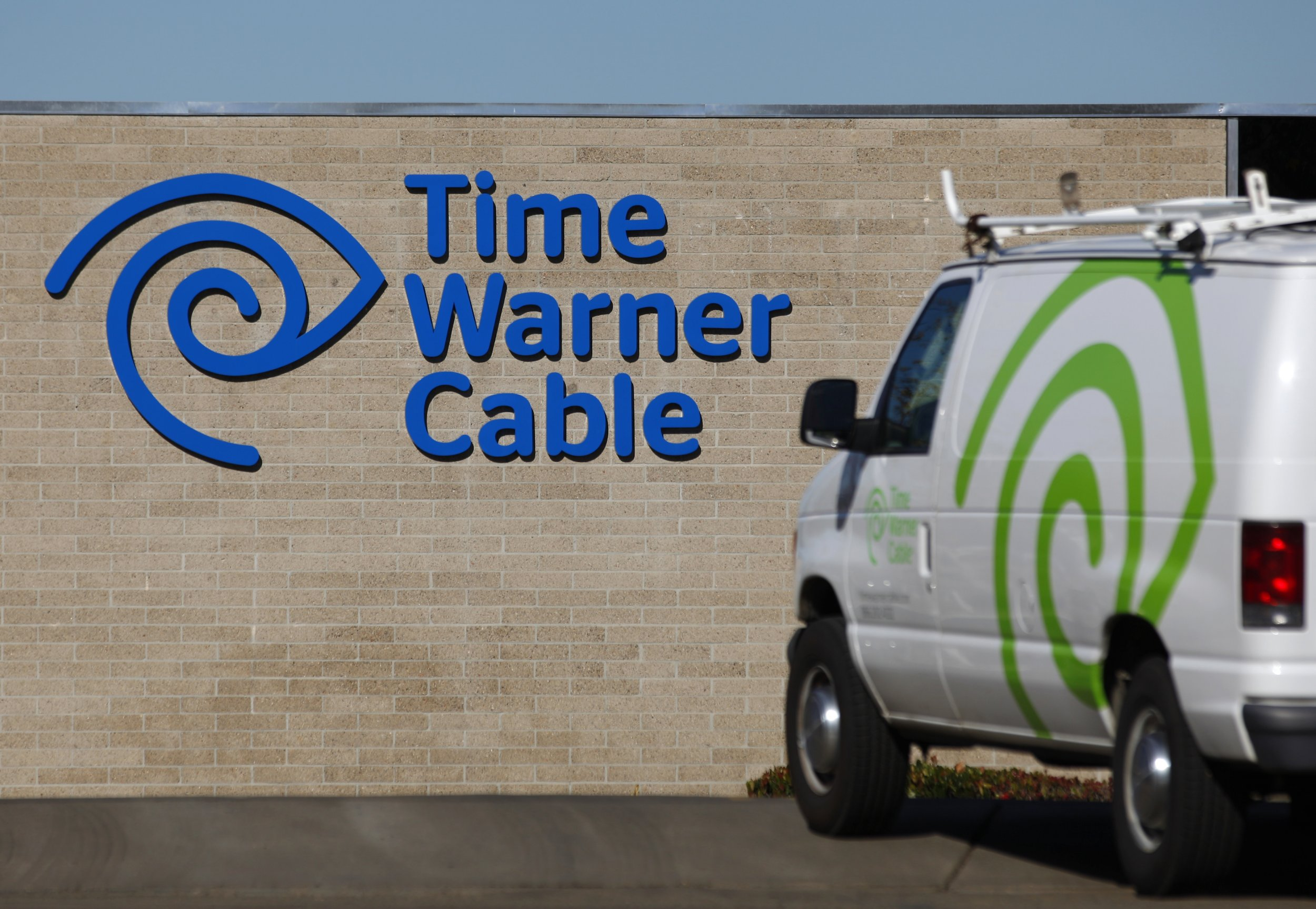 Comcast Takeover Of Time Warner Cable To Reshape U S Pay Tv