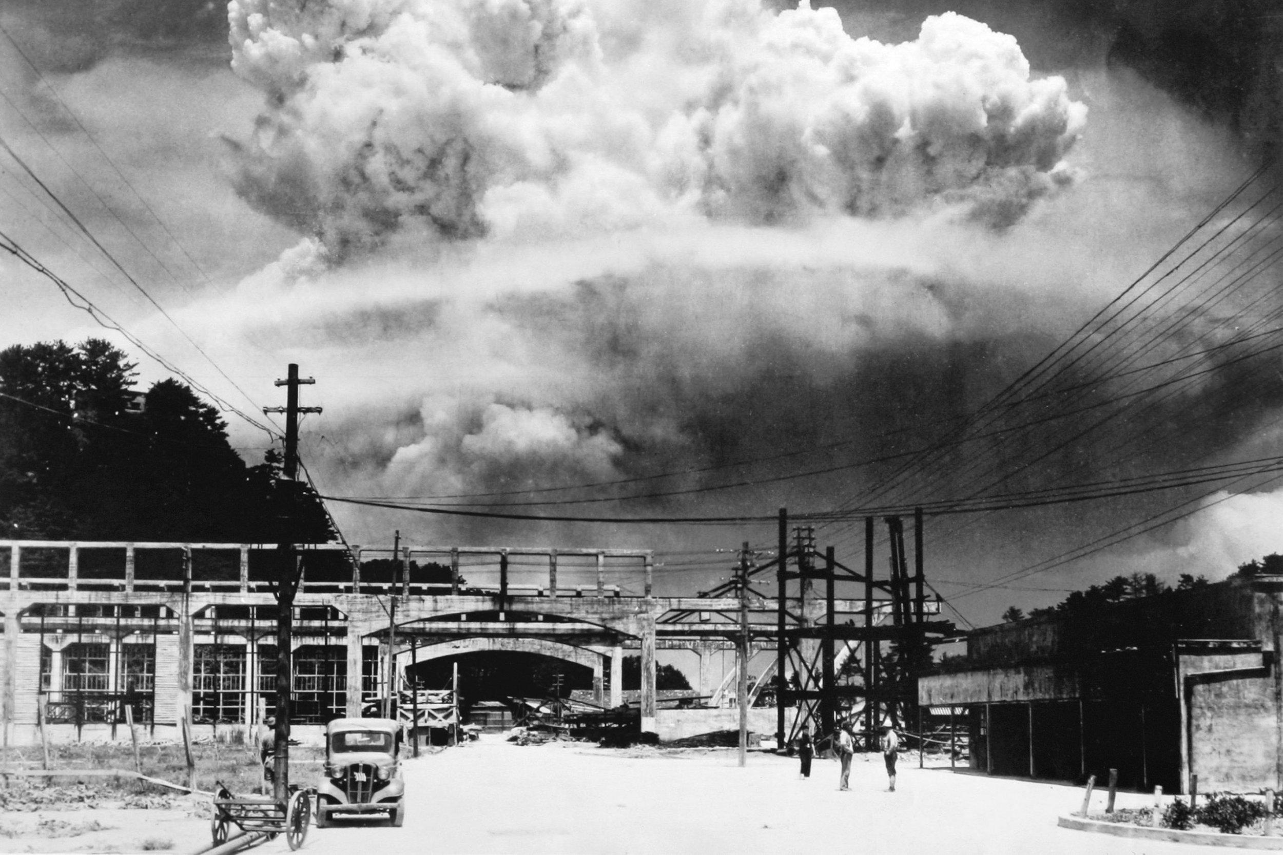 oppenheimer atomic bomb