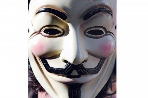 moynihan-FE0120-hackers-embed3