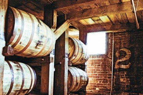 romano-cu0222-distillery-embed1