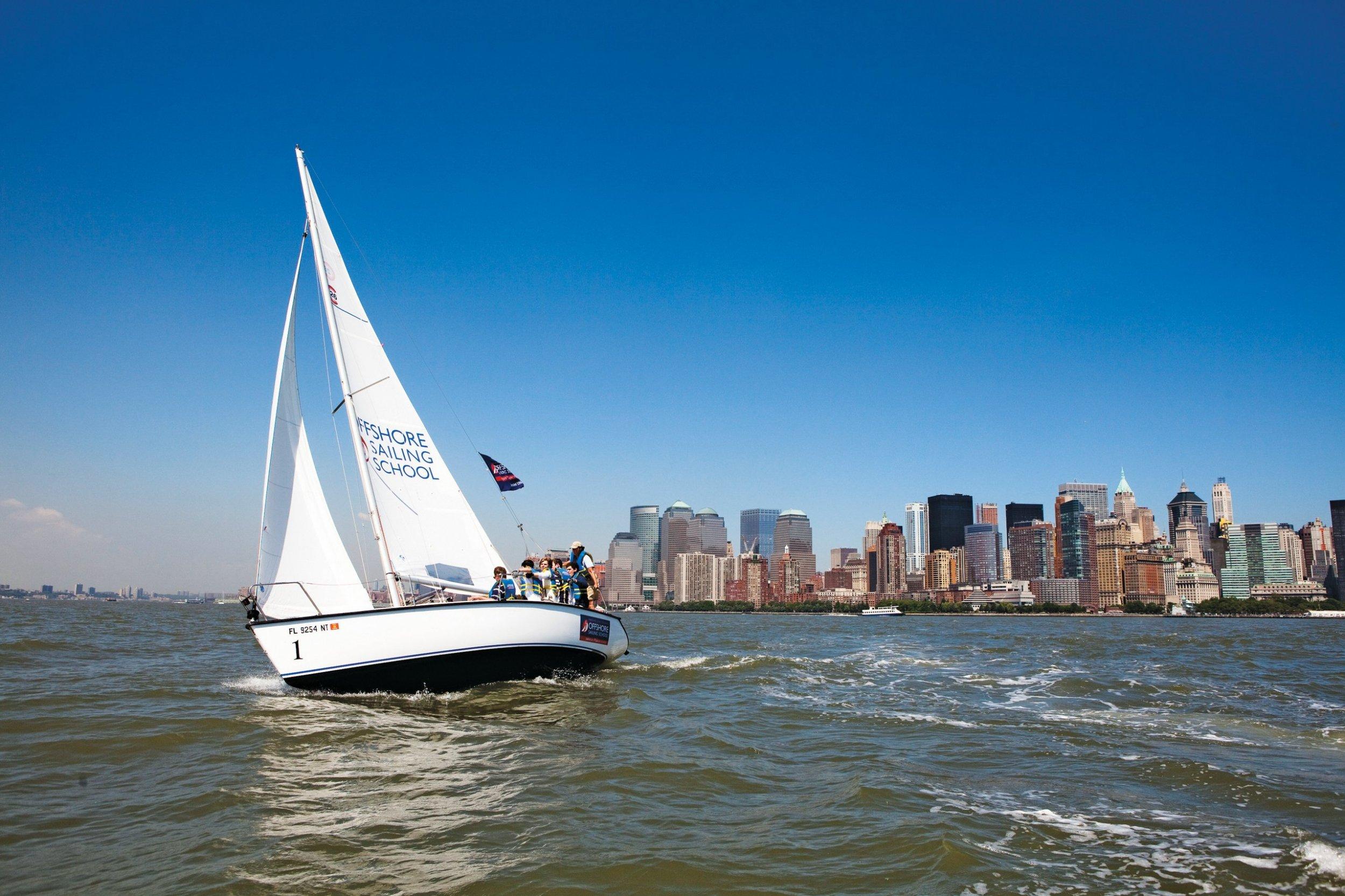 richardson-cu0126-sailing-main-tease