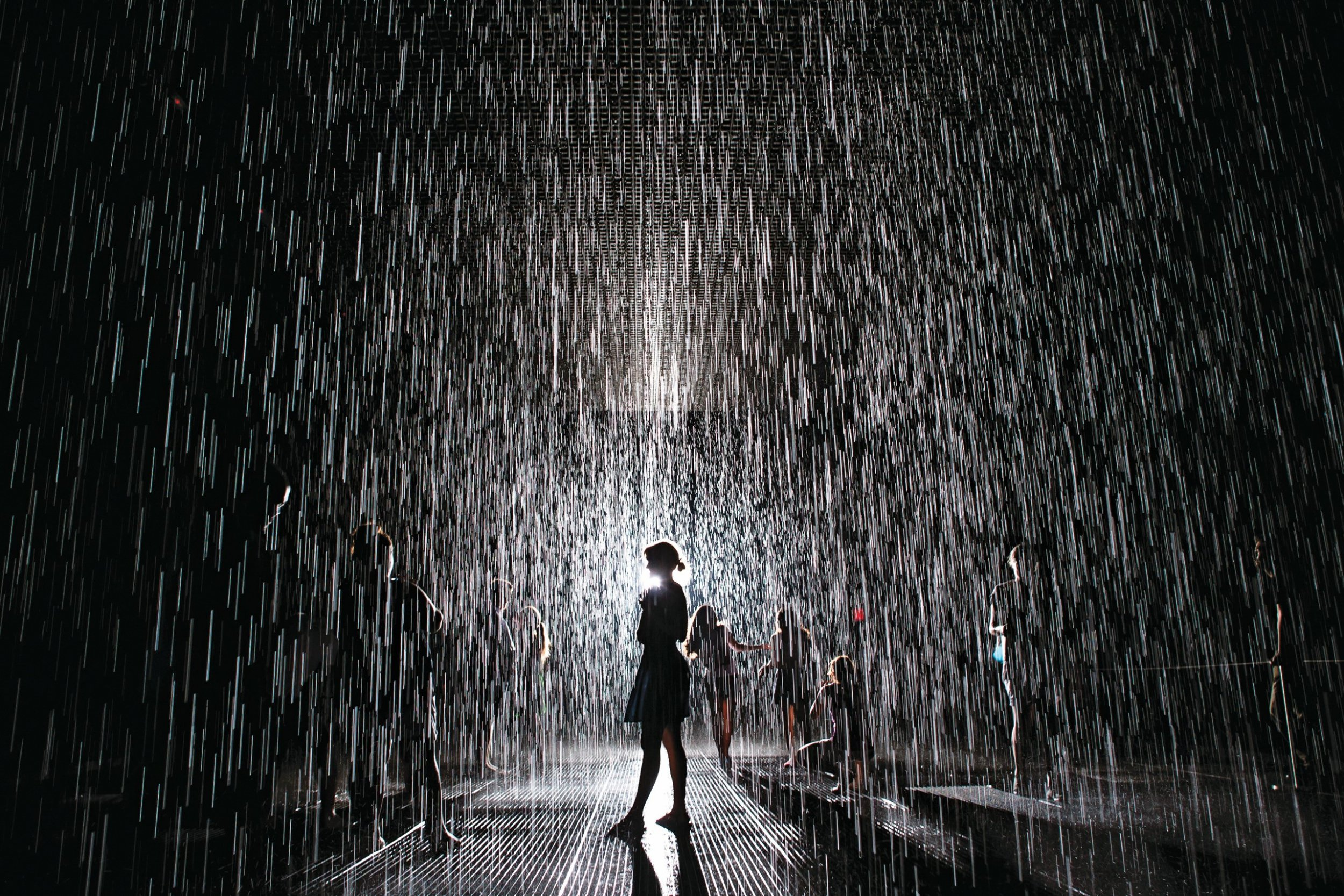 Rain Room, James Turrell & the Art of Drawing in Crowds