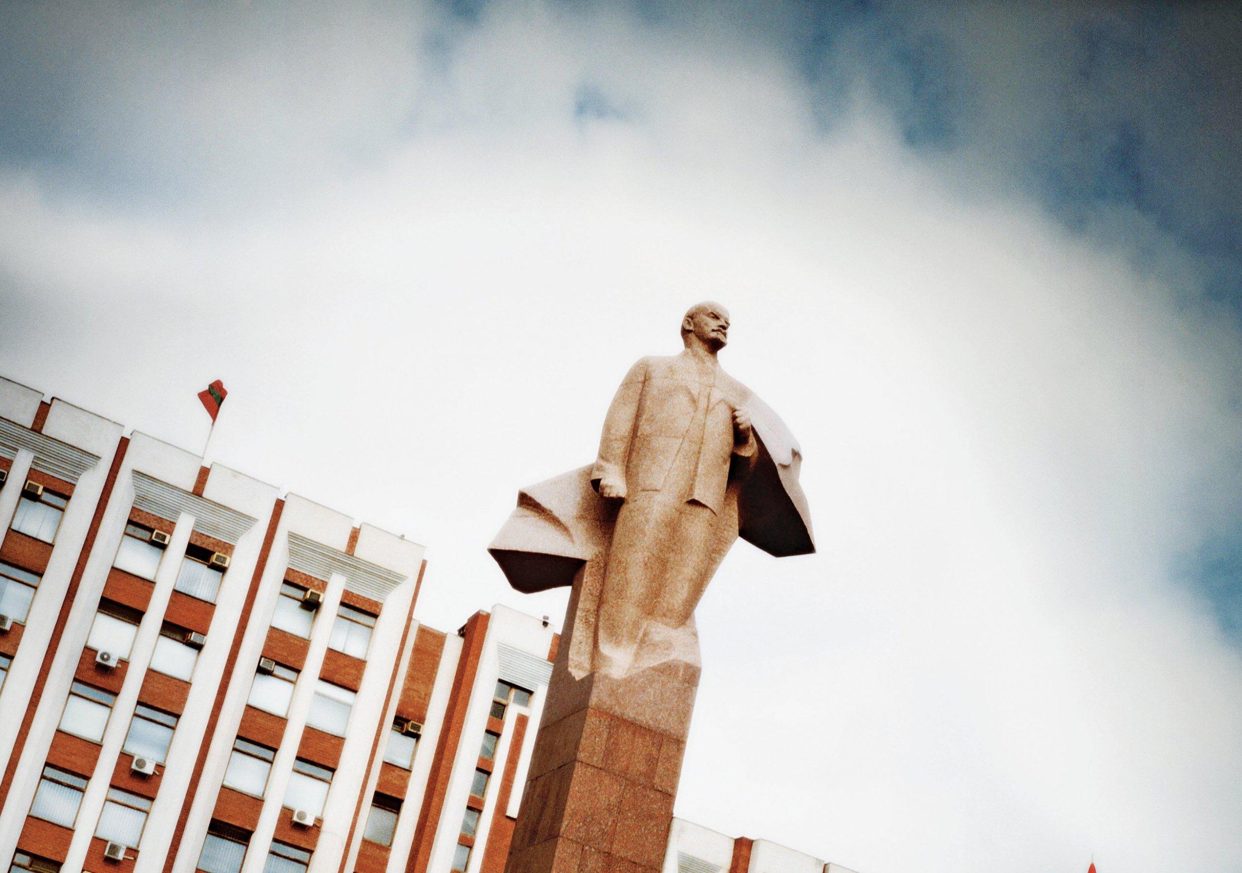 presser-cu0531-transnistria-main-tease
