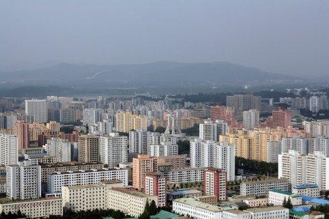 11-15-2013_FE0241_NorthKorea_city